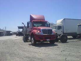 INTERNATIONAL 4400 Complete Vehicle