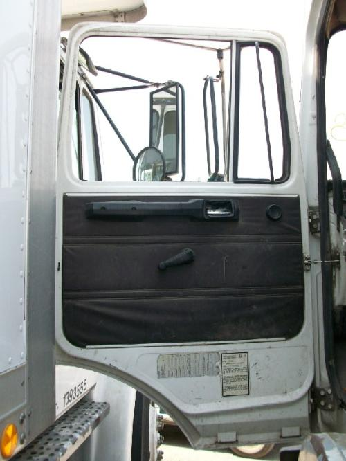 MACK MS250P Door Assembly, Front