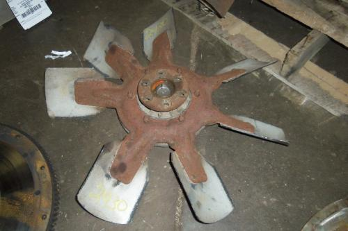 INTERNATIONAL DT 466C Fan Blade