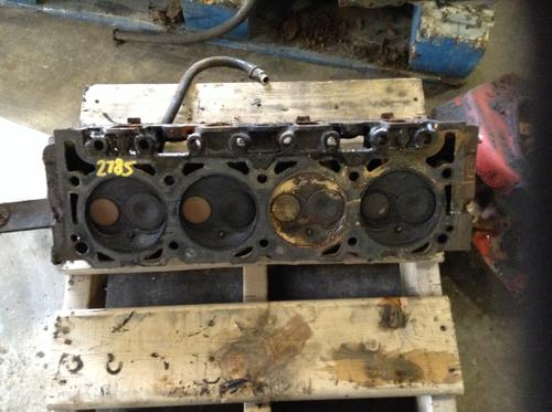 INTERNATIONAL 404 Cylinder Head
