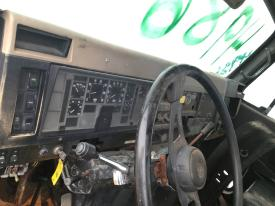INTERNATIONAL 8300 Dash Assembly