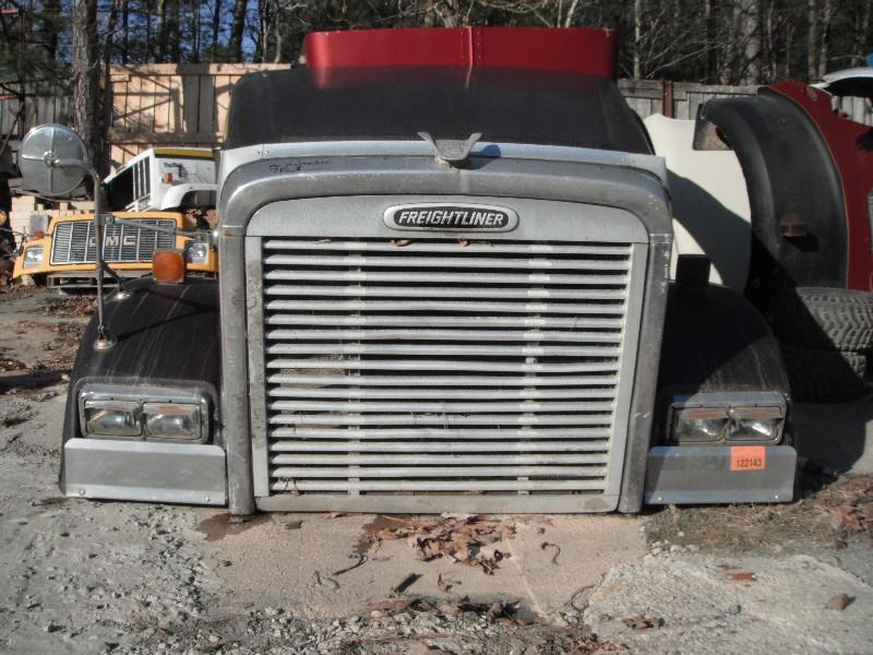 USED FREIGHTLINER FL CLASSIC XL 132 BBC HOOD TRUCK PARTS #584807