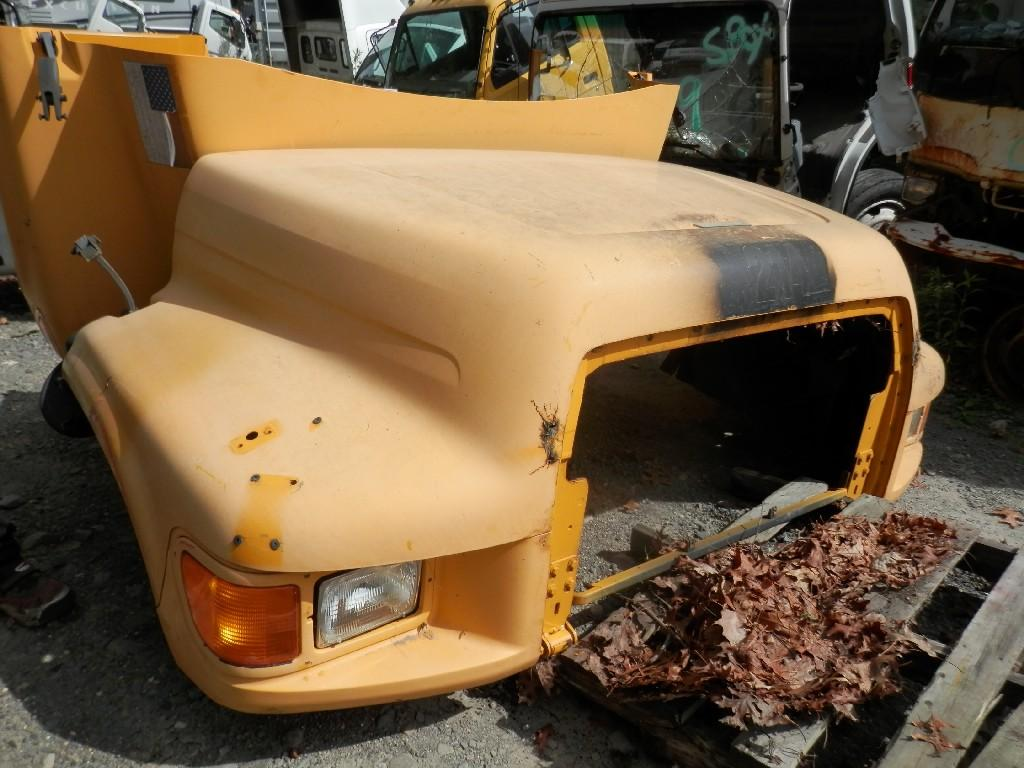 USED FORD F800 HOOD TRUCK PARTS #584859