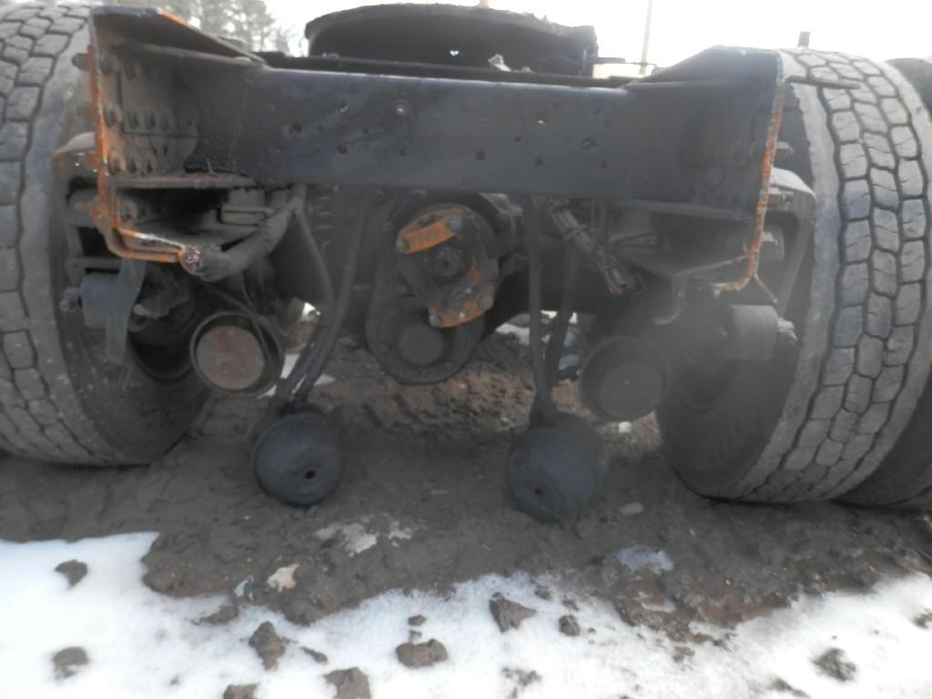 USED ROCKWELL RT-40-145 REAR CUTOFF TRUCK PARTS #585795