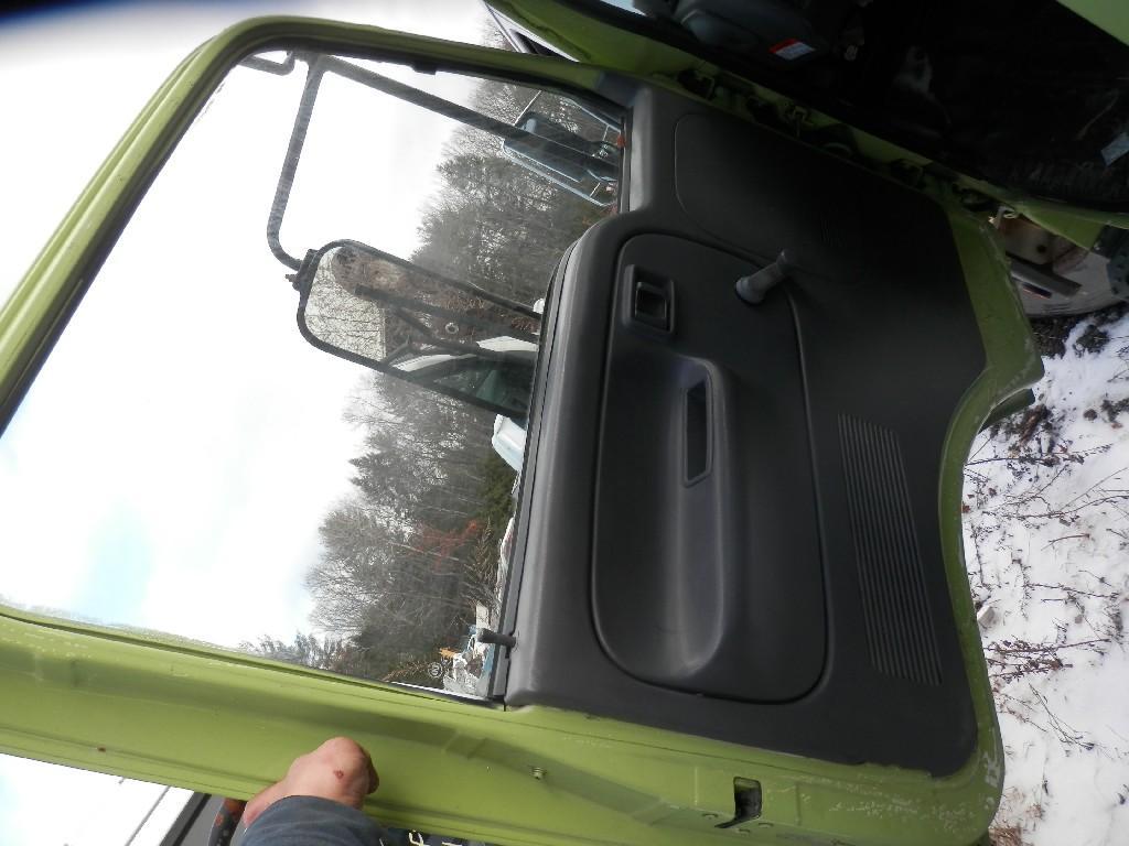 USED UD 1400 DOOR TRUCK PARTS #584981