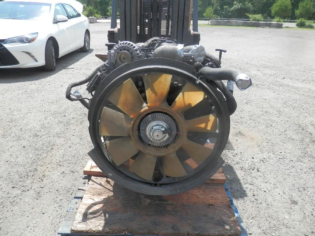 USED FORD 6.0 ENGINE ASSEMBLY TRUCK PARTS #585216