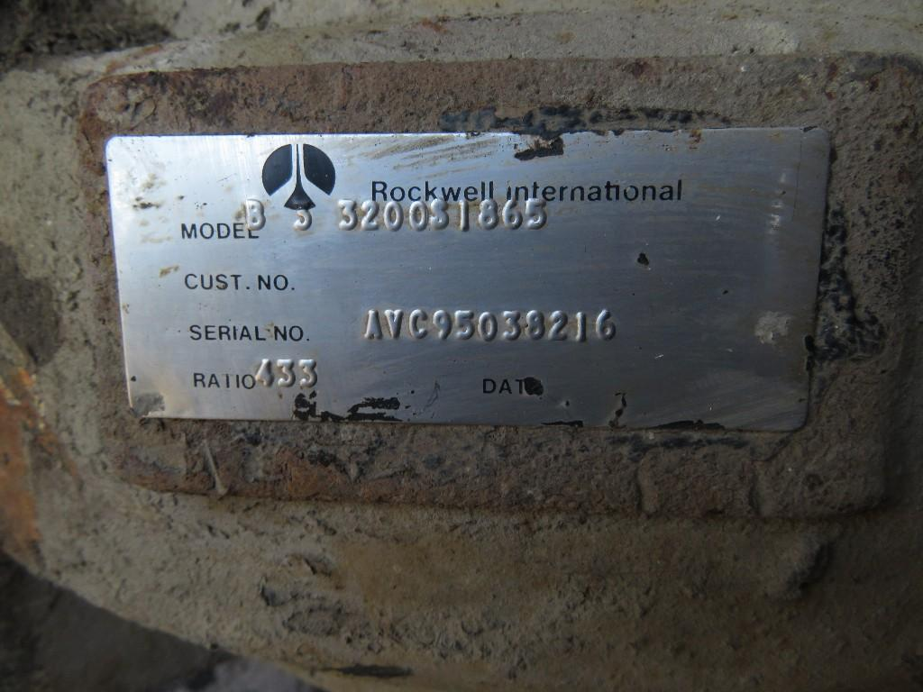 USED ROCKWELL RR-17-145 BACK REARS TRUCK PARTS #585735