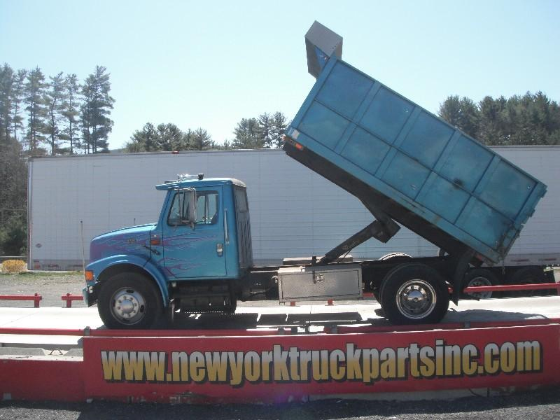 1998 INTERNATIONAL 4700 OTHER TRUCK #585749