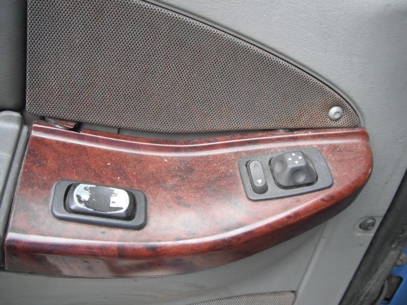USED FREIGHTLINER CST120 CENTURY DOOR TRUCK PARTS #584944