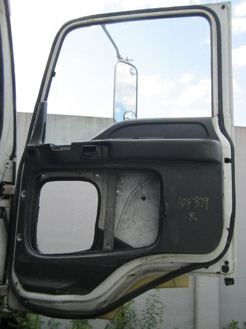 GMC - MEDIUM T7500 Door Assembly, Front