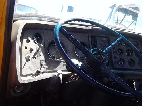 FORD LT9000 Dash Assembly