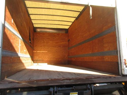 VAN 16 FOOT Body / Bed