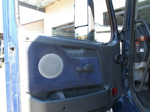 VOLVO VNL Door Glass, Front
