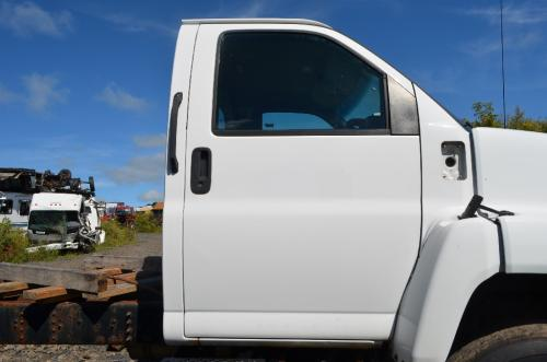 CHEVROLET C6500 Fender Extension
