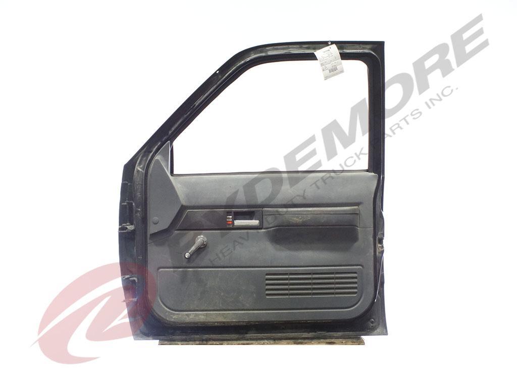 USED GMC C6500 DOOR TRUCK PARTS #636711
