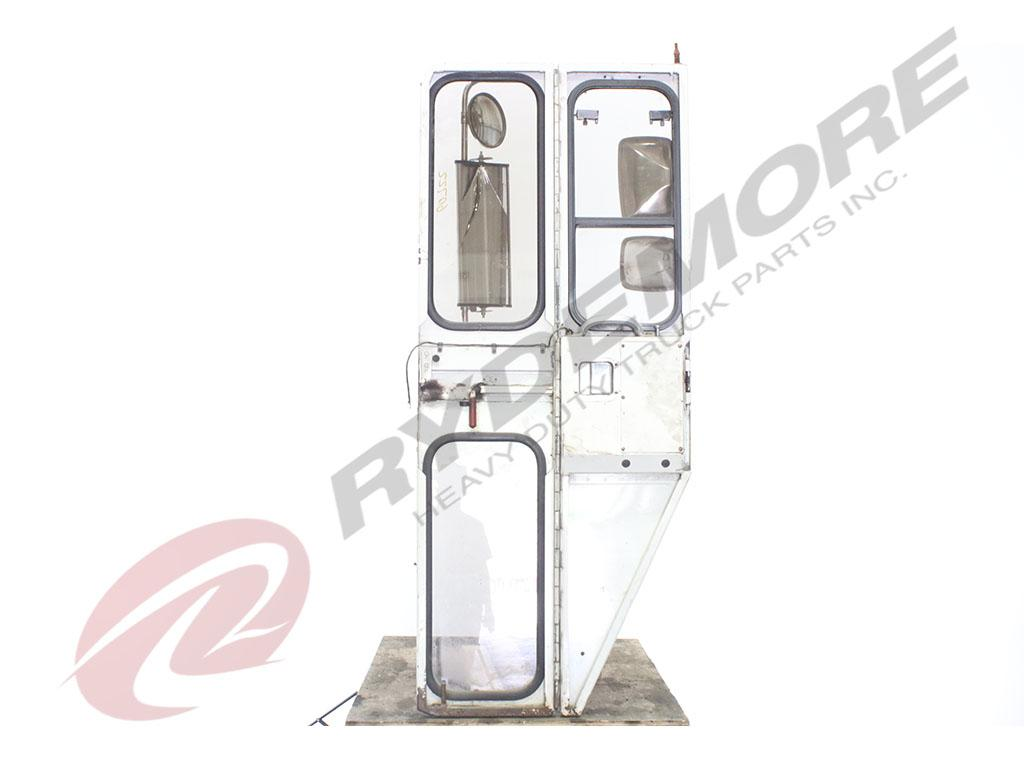 USED CCC LOW ENTRY DOOR TRUCK PARTS #461950