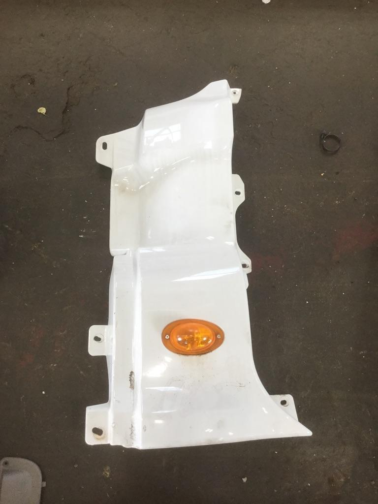 FREIGHTLINER CASCADIA 125 MISC BODY PART TRUCK PARTS #641557