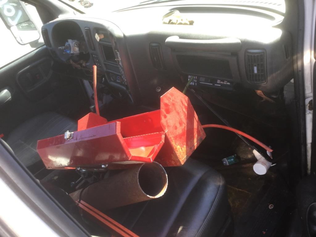 USED CHEVROLET C8500 CAB TRUCK PARTS #667203