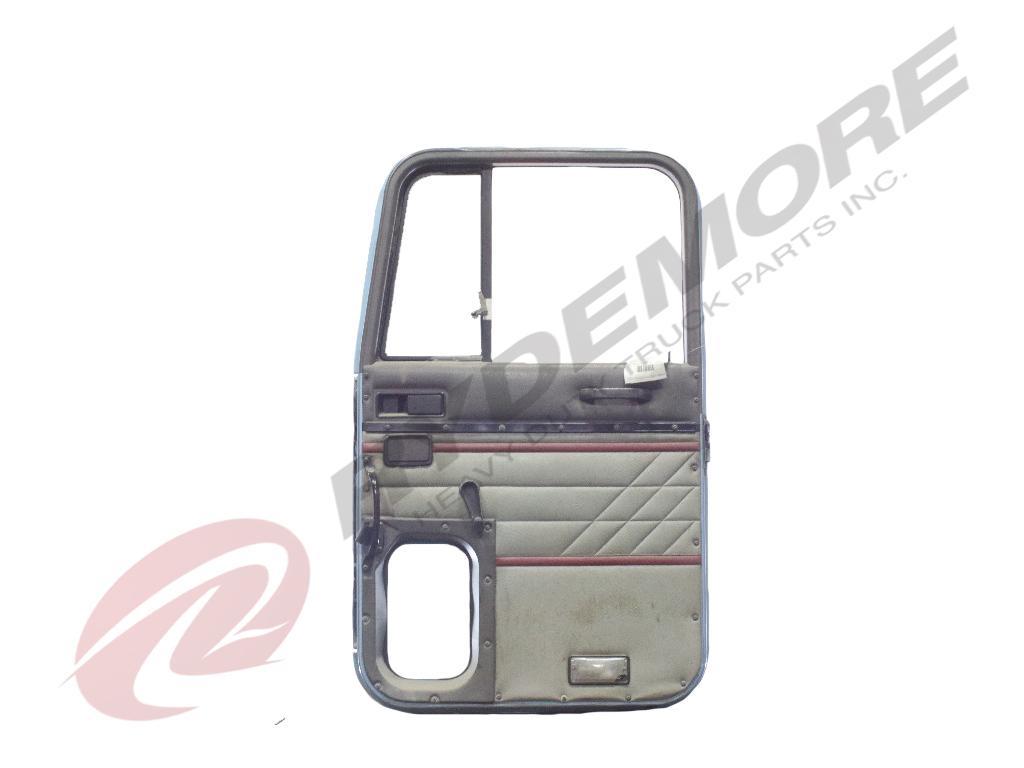 USED INTERNATIONAL NAVISTAR 9200 DOOR TRUCK PARTS #593075