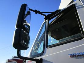 INTERNATIONAL Transtar 8600 Mirror (Side View)