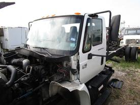 INTERNATIONAL 4200 Cab