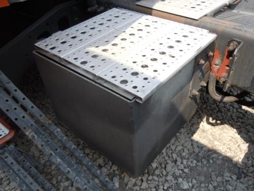 FREIGHTLINER ST120 Tool Box