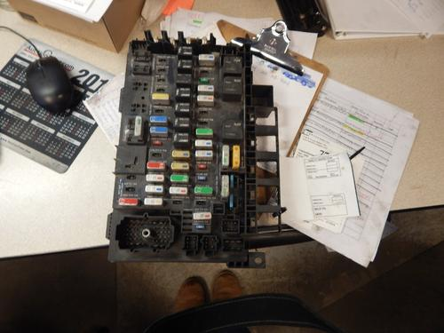 fuse box on audi tt freightliner cst120 century fuse box 36482 detail fuse box on heavytruckparts