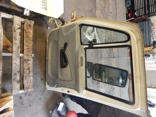 INTERNATIONAL 8500 Door Assembly, Front