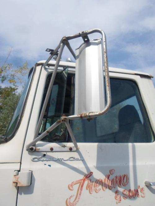 FORD LT9000 Mirror (Side View)