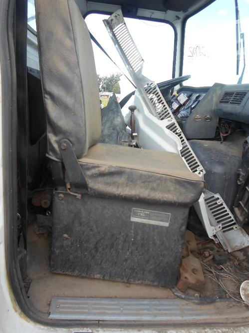 FORD LAS9000 Seat, Front