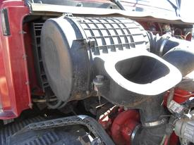 GMC/VOLVO/WHITE VNL660 Air Cleaner