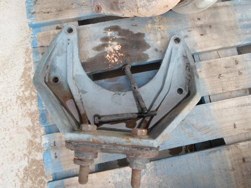FREIGHTLINER FLD120 Engine Mounts