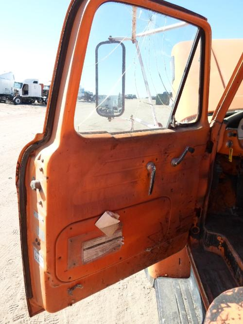 FORD T800 Door Assembly, Front
