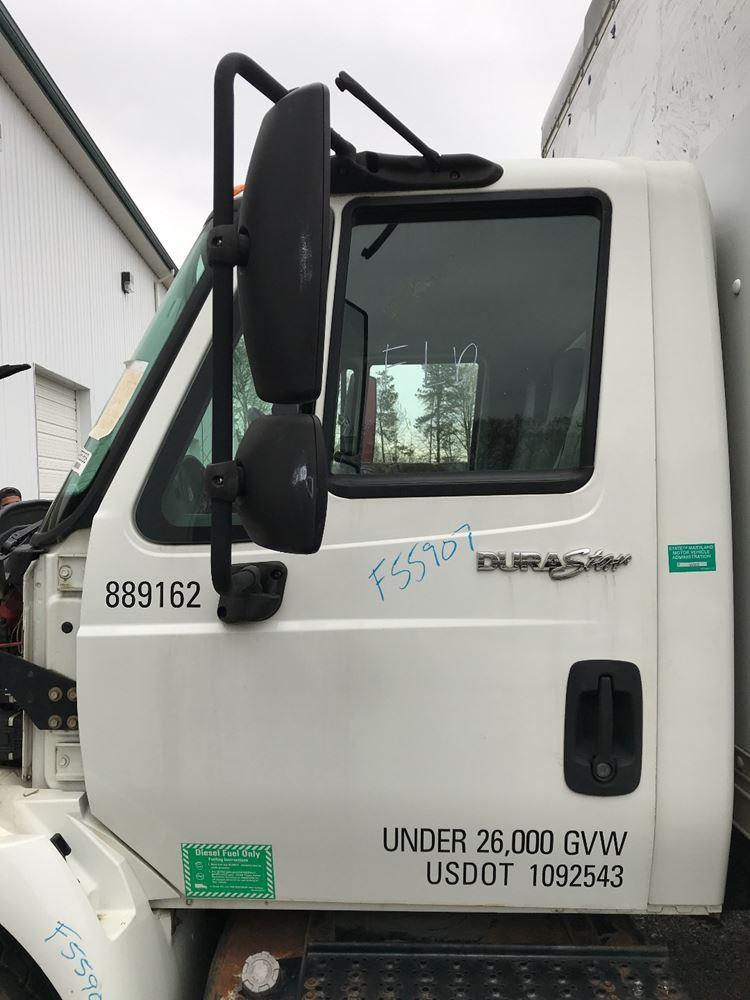 INTERNATIONAL 4300V CAB TRUCK PARTS #647022