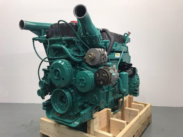 VOLVO D12C Engine Assembly