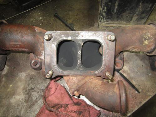 60 SERIES Exhaust Manifold