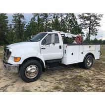 Complete Vehicle FORD F650 B & W  Truck Center