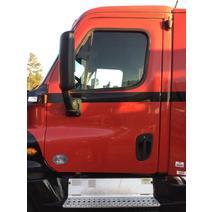 Door Assembly, Front FREIGHTLINER CASCADIA 125 LKQ Evans Heavy Truck Parts
