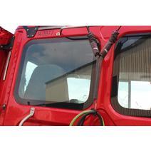 Back Glass FREIGHTLINER CASCADIA Dutchers Inc   Heavy Truck Div  Ny