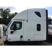 Cab FREIGHTLINER CASCADIA LKQ Heavy Truck Maryland