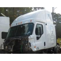 Windshield Glass FREIGHTLINER Cascadia A & A Truck Salvage