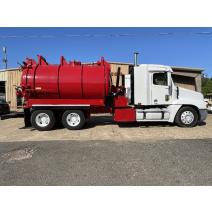 Complete Vehicle Freightliner CENTURY CLASS 120 Bobby Johnson Equipment Co., Inc.