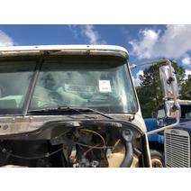 Windshield Glass FREIGHTLINER COLUMBIA B & W  Truck Center
