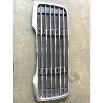 Grille Freightliner M2 106 Complete Recycling
