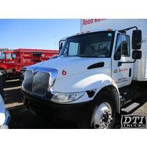 Cab INTERNATIONAL 4300 Dti Trucks