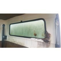 Back Glass INTERNATIONAL 4700 B & W  Truck Center