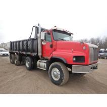 Complete Vehicle INTERNATIONAL 5600i Big Dog Equipment Sales Inc