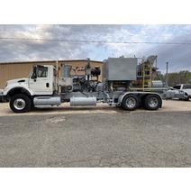 Complete Vehicle INTERNATIONAL 7600 Bobby Johnson Equipment Co., Inc.