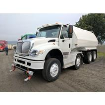 Complete Vehicle INTERNATIONAL 7600 Camions A & R Dubois Inc.