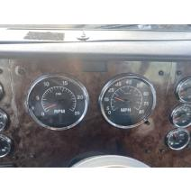 Instrument Cluster International 9200I Complete Recycling